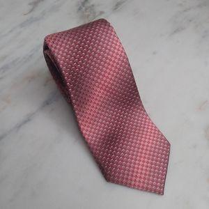 🆕Van Heusen Salmon Geometric Tie